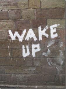 Réveille-toi pour sortir du célibat